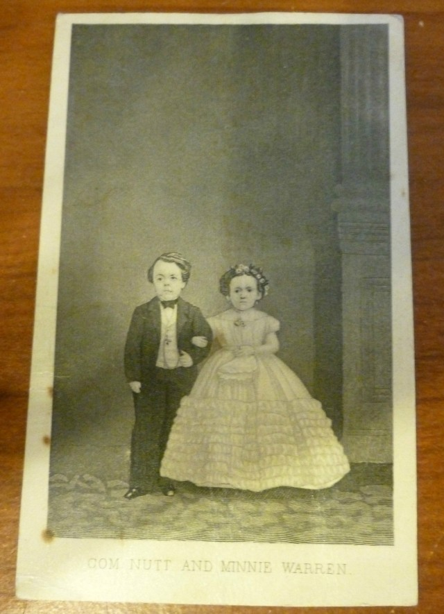 1863 CDV PHOTOGRAPH OF CIRCUS LITTLE PEOPLE, COMMODORE NUTT & MINNIE WARREN
