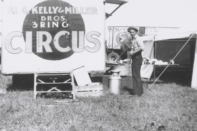 circus kelly miller 8