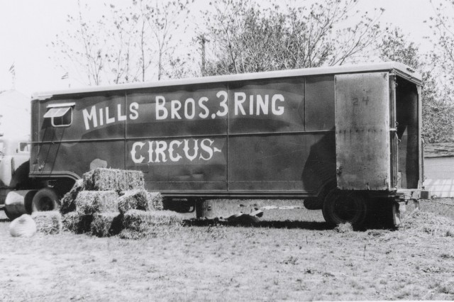 circus mills bros 7