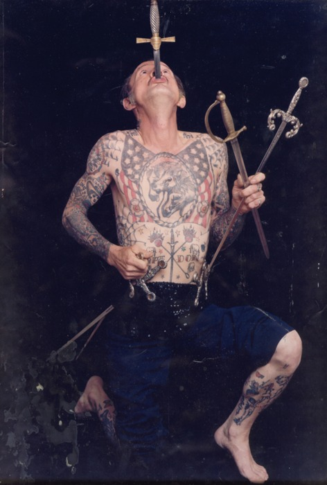 circus sideshow captain don leslie  sword swallower sideshow freaks