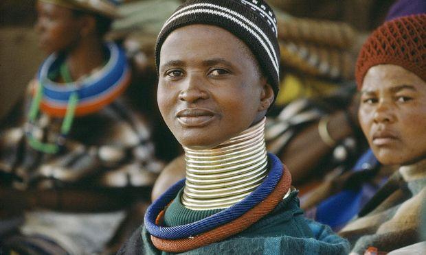 Sideshow   Ndebele woman   Africa   Freaks